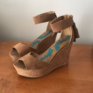 Qupid Wedges Size 8 1/2
